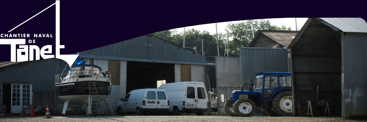 Parking et hangar du chantier